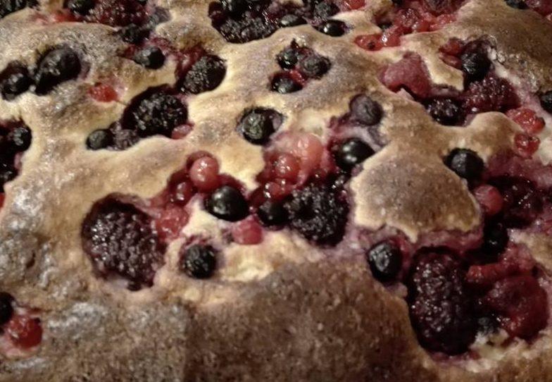 Isteni – büntetlen gyümölcsös süti